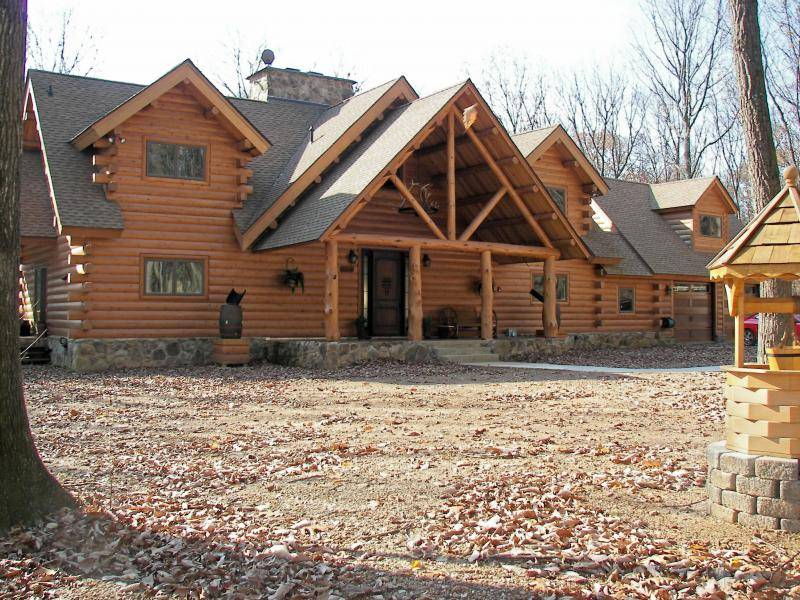 Log home building & restoration